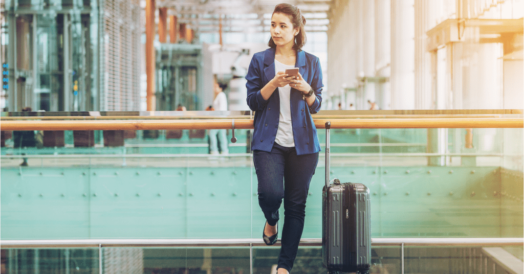 7 GIFs that perfectly explain traveling with hearing loss