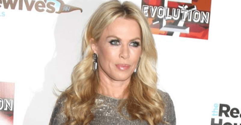 Real Housewives star gets Phonak CROS hearing aid