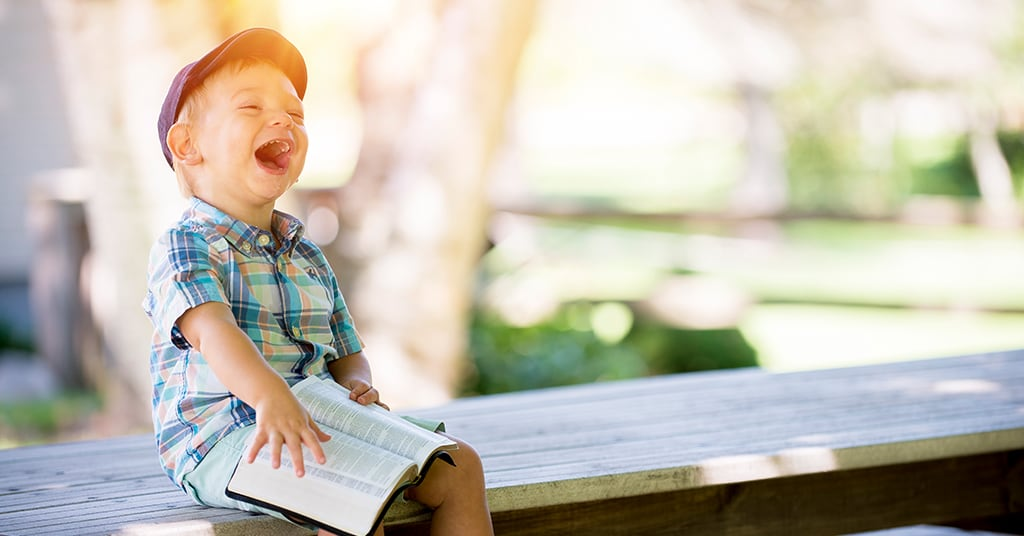5 Creative Ways to Teach Your Deaf or Hard of Hearing Child to Read