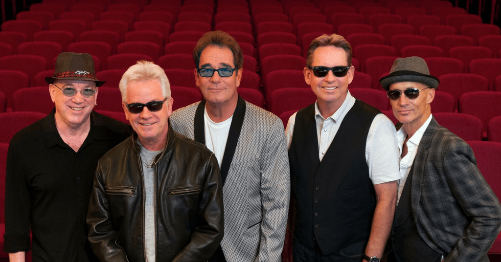 Huey Lewis cancels 2018 tour due to hearing loss